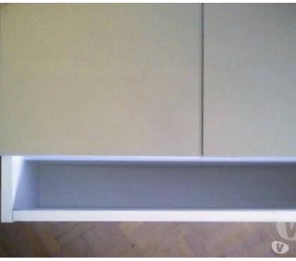 Photos Vivastreet RANGT mural blanc,portes miroir baissé à 55€ pendant soldes