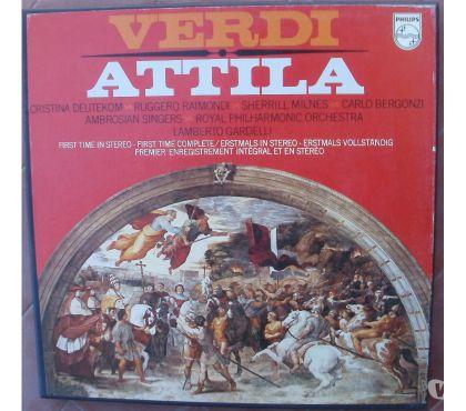 Photos Vivastreet Coffret vynile 2 disques et livret VERDI - ATTILA