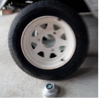 Photos Vivastreet 4 roues complètes Delta Mics