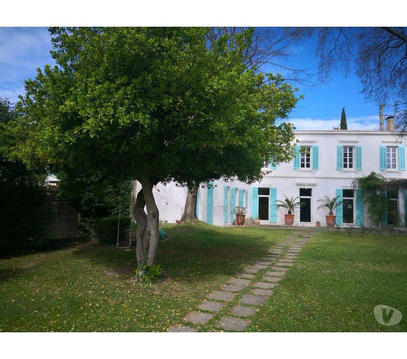 Vente Maison Gard Nimes - Photos Vivastreet NIMES proche CV, MAISON DE CARACTERE sur grand terrain