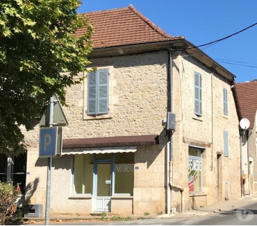 Photos Vivastreet Vendre: Local commercial avec Apartment - 92m2