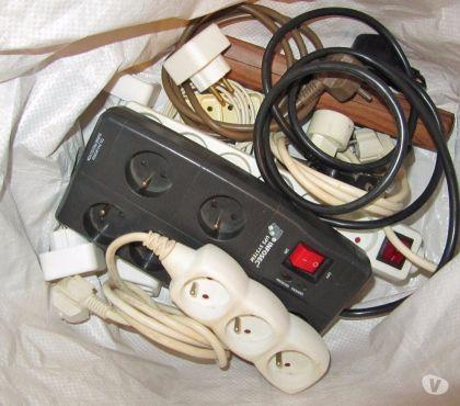 Photos Vivastreet Lot adaptateurs et rallonges éléctriques