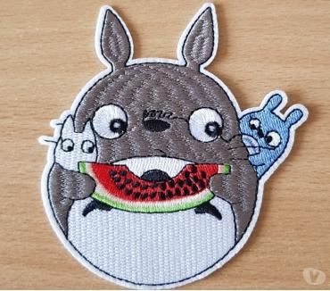 Photos Vivastreet Ecusson brodé Totoro n°1 diam. 10,5x10 cm thermocollant