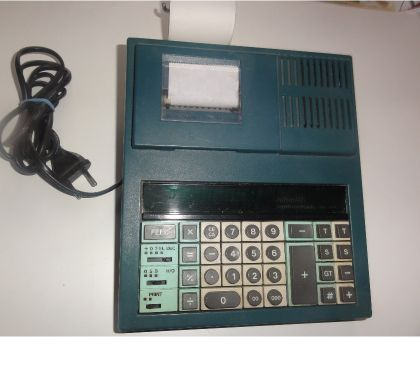 Photos Vivastreet machine a calculer OLIVETTI DIVISUMMA 31PD vintage