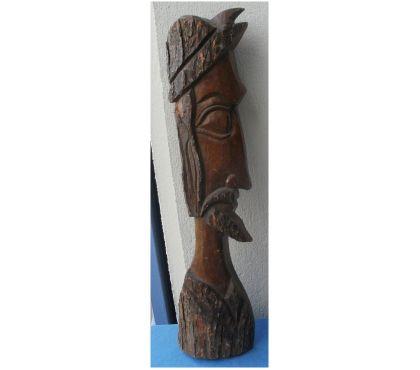 Photos Vivastreet BUSTE, STATUE sculptée en bois d'un conquistador