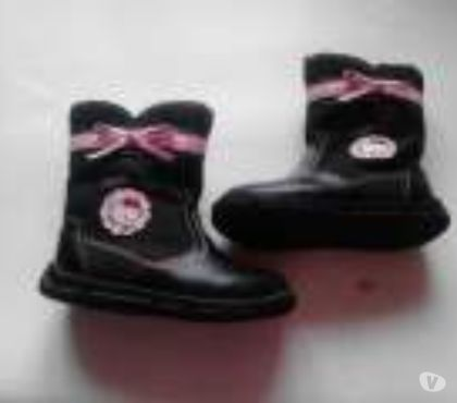 Photos Vivastreet Bottes montantes HELLO KITTY