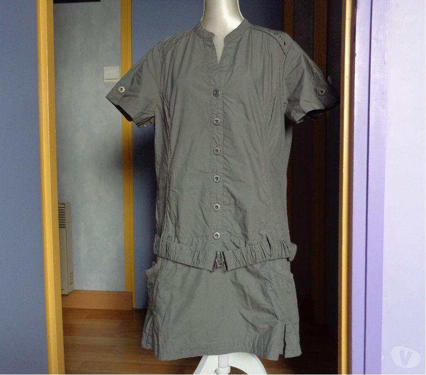 Vêtements occasion Morbihan Theix - 56450 - Photos Vivastreet Robe kaki ceinture boutons métal .