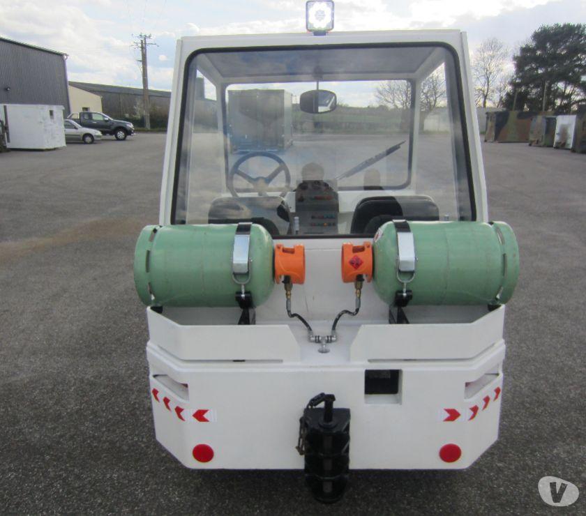 Photos Vivastreet SOVAM K22 - Tracteur industriel et d'aéroport