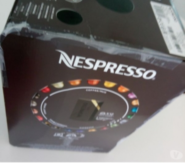 Photos Vivastreet MACHINE A CAFE NESPRESSO VERTU PLUS NEUVE.
