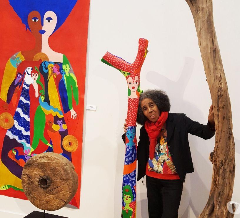 Photos Vivastreet Aconcha artiste cubain participe à l'exposition Réparations