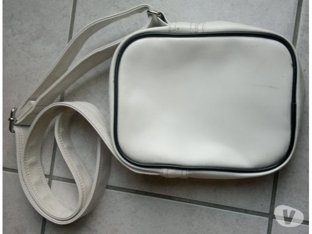 Photos Vivastreet Sacoche / sac simili cuir blanc ADIDAS