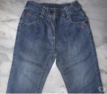 Photos Vivastreet jeans fleurs 18M