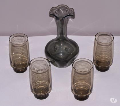 Photos Vivastreet LOT vase ou carafe,et verres ,GRIS
