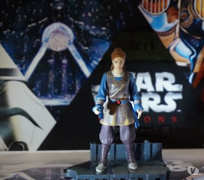 Photos Vivastreet Figurine star wars padmé tatooine + commtech