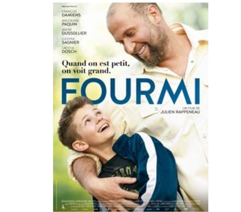 """Photos Vivastreet 2 places pour le film """"Fourmi"""""""