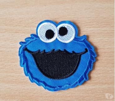 Photos Vivastreet ecusson 1 rue sésame macaron le glouton cookie monster n°2