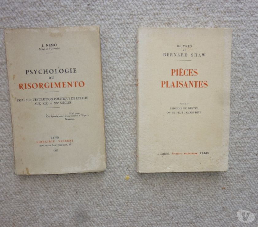 Photos Vivastreet 2 livres anciens collections Montaigne - Vuibert