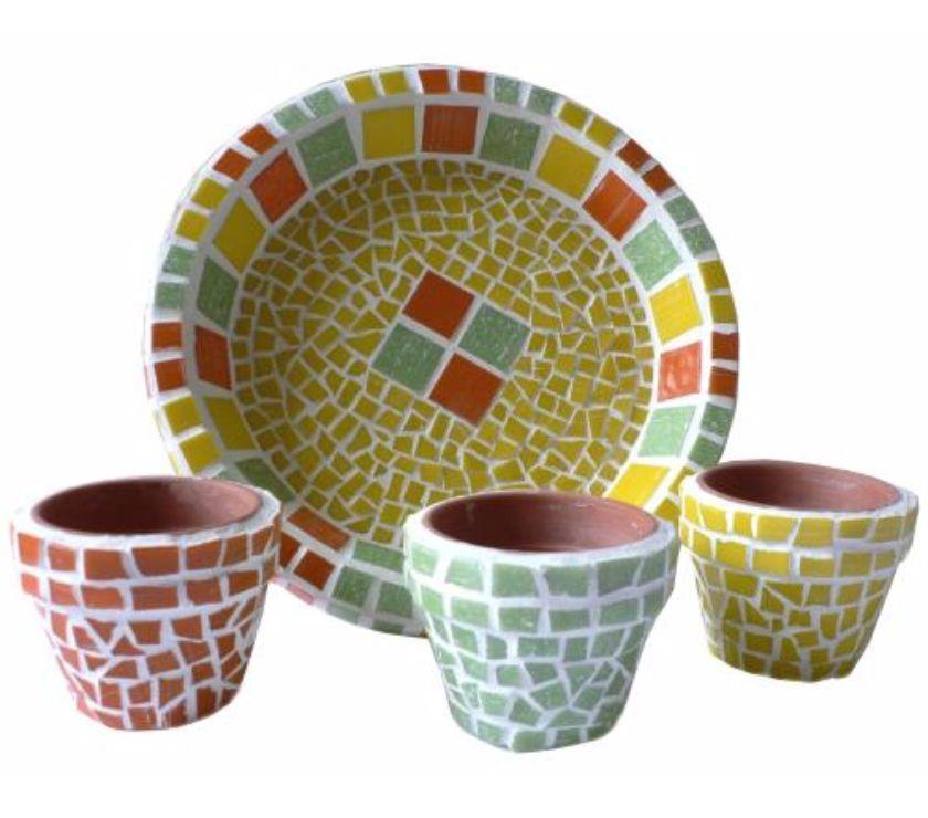 Photos Vivastreet Set de 3 pots et assiette pour cactus en mosaique