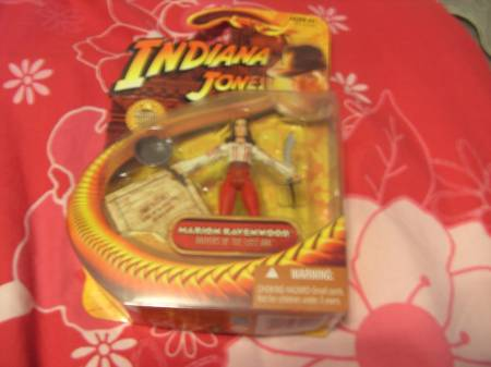 Photos Vivastreet Figurine NEUVE Indiana Jones