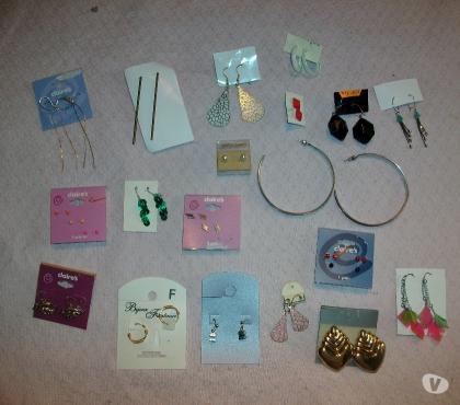 Photos Vivastreet Bijoux Fantaisie (boucles d'oreilles, colliers, bracelets..)