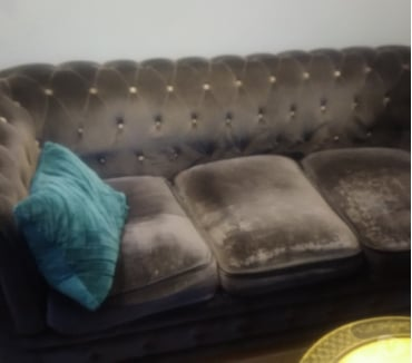 Photos Vivastreet Donne canapé chesterfield velours gros violet