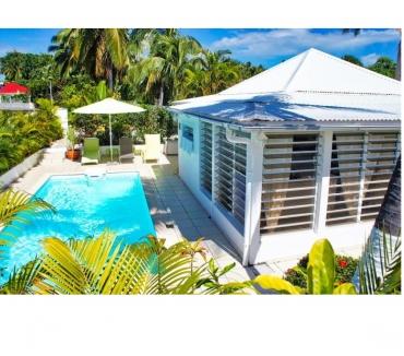 Photos Vivastreet Location villa pour 4 pers. avec piscine en bord de plage