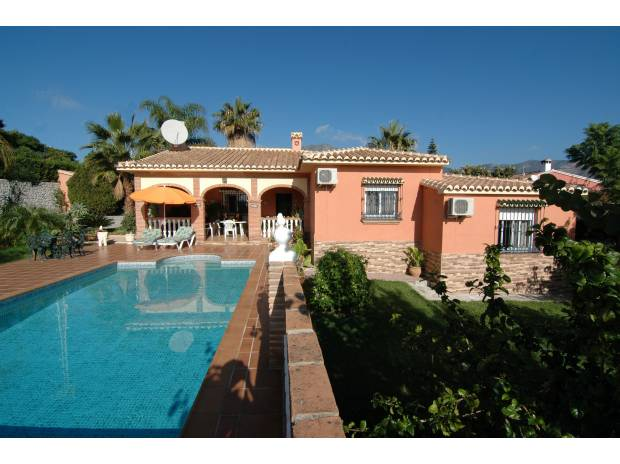 Photos Vivastreet Villa vue sur mer et jardin Luxuriant