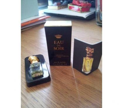 Photos Vivastreet Miniature de Parfum Eau du Soir de Sisley