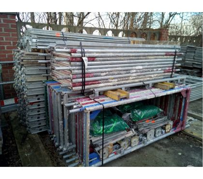 Photos Vivastreet Lot COMPLET Layher, échafaudage pour travaux de toiture