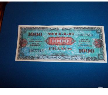 Photos Vivastreet REPRODUCTION TRES RARE BILLET 1000 F DRAPEAU 1944