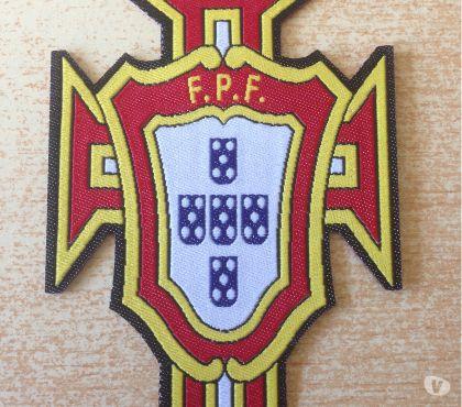 Photos Vivastreet écusson équipe nationale du portugal 8,5x6 cm