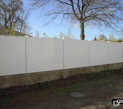 Photos Vivastreet Clôture PVC et portail PVC coulissant cadre aluminium