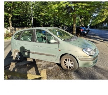 Photos Vivastreet Vente voiture Scenic 1 - ESSENCE - 062002 - 188 000km