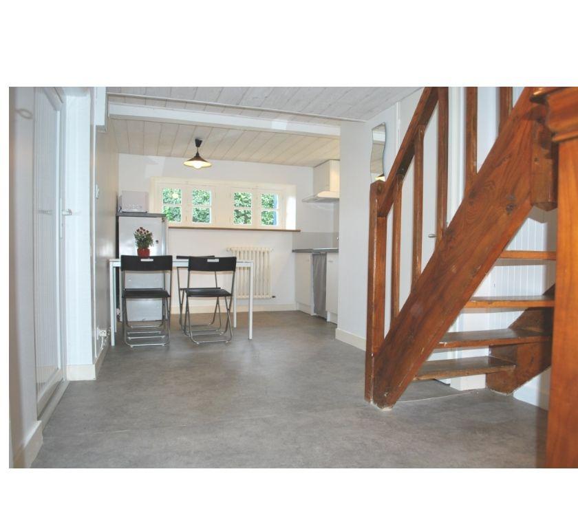 Appartement meublé Finistère Morlaix - 29600 - Photos Vivastreet 01 09 - S3 - T1, ADSL, buanderie, jardin MORLAIX Coatsehro