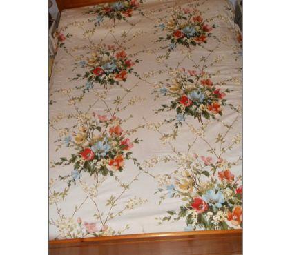 Photos Vivastreet Dessus de lit VINTAGE 2 places, à grosses fleurs