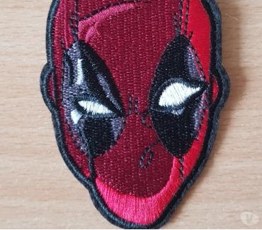 Photos Vivastreet Ecusson brodé deadpool super héros Marvel 9x6 cm