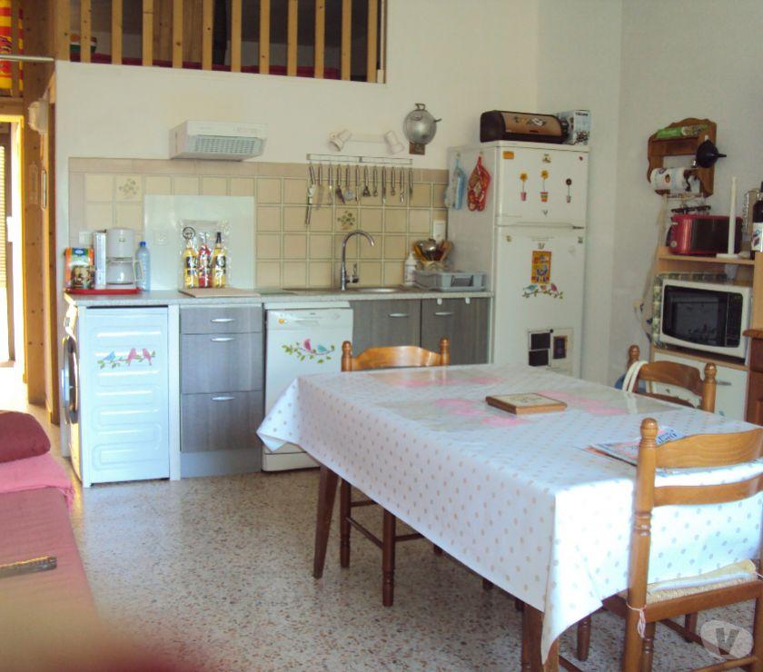 location saisonniere Hérault Balaruc les Bains - 34540 - Photos Vivastreet A louer T2 (35 m²) RdC + PARKING