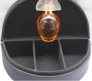 Photos Vivastreet RARE GOLD AVON COFFRET A BIJOUX + PARFUM NEUFS + 2 CADEAUX
