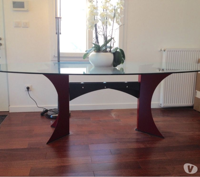 Photos Vivastreet TABLE EN VERRE ET ACIER