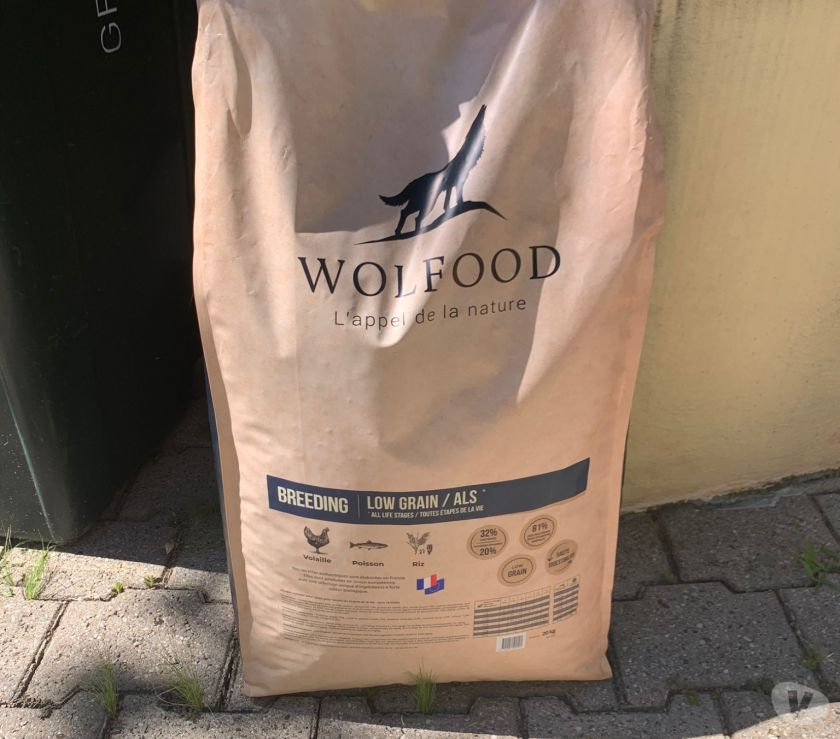 Photos Vivastreet Croquette WOLFOOD chienchiot