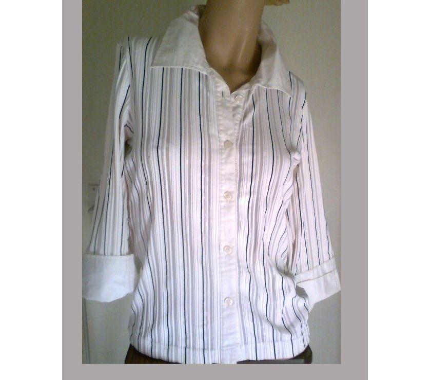 Photos Vivastreet chemisier blanc, pull noir, .... 38 - zoe