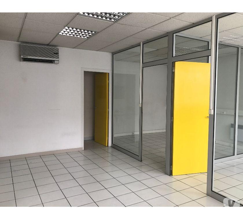 Photos Vivastreet Rue Gallice - 120 m² Divisibles