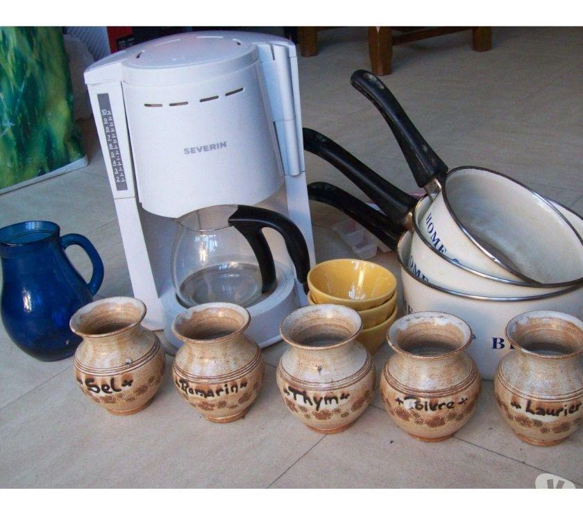 Photos Vivastreet cafetière, pots épices, bols, pichet - zoe