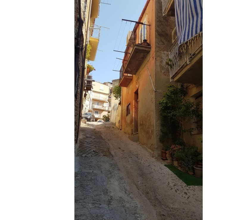 Property for Sale Hertfordshire Barnet - Photos for sh 690 town house, Caccamo, Sicily