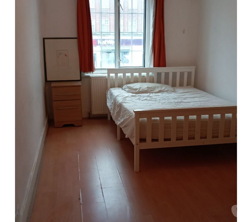 room to let North West London Kingsbury - NW9 - Photos for Double Room to let - Ready to Move
