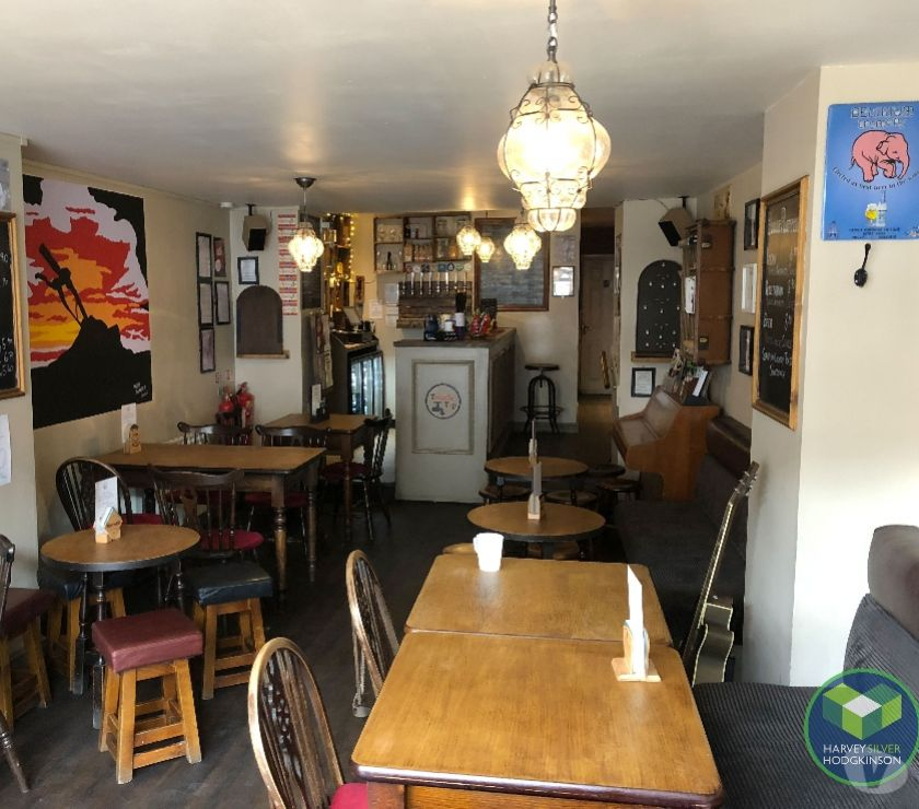 Shops/Businesses for sale - let Cheshire Macclesfield - Photos for LICENSED BAR: MACCLESFIELD: REF: V9245