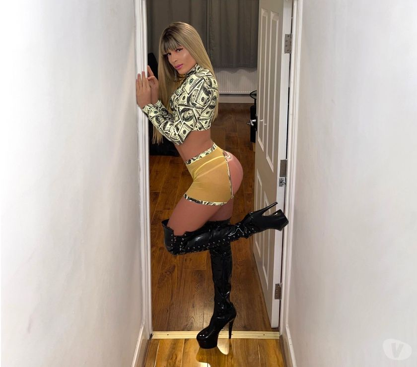 Trans Escorts West Midlands Birmingham - Photos for Super Naughty New Valentina Brazilian in Town!! Full Service