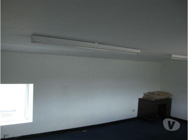 Office Space Merseyside Southport - Photos for Small office or storage unit available bills included