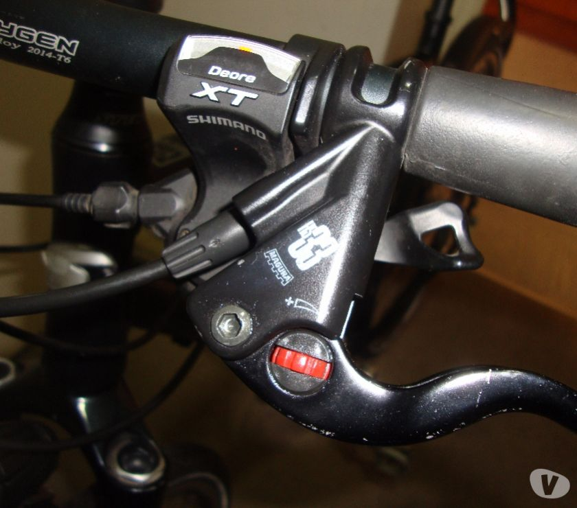 Photos for STEVENS X8C PRO CROSS (HYDROLIC RIM BRAKES)HYBRID ROAD BIKE