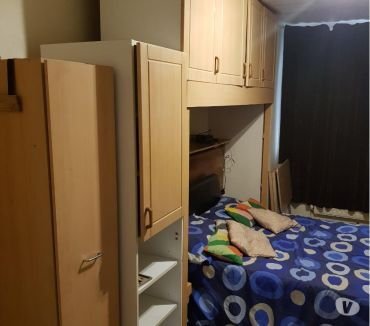 Photos for 1 bed studio flat self contained, private parking, Luton